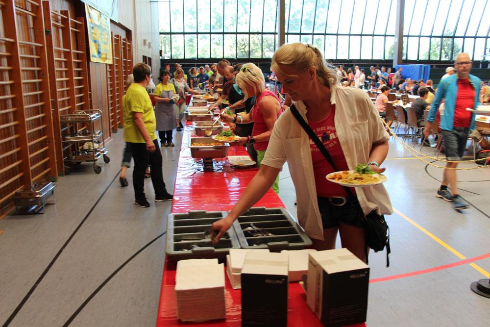 SG Bad Schönborn zeigt großartigen Einsatz bei der Nudelparty