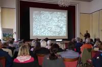 Gespannte Zuhörer beim Vortrag von Jürgen Alberti im Sigel-Saal