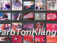 Schriftzug FarbTonKlänge vor verschiedenen Gemälden