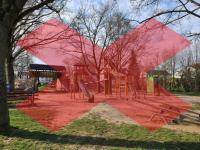 Bild von einem Spielplatz mit einem Verbotszeichen davor