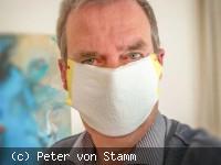Autor Peter von Stamm mit Mundschutz