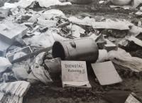 Wilde Müllablagerungen auf dem geschlossenen Müllplatz