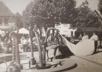 Enthüllung Brunnenplastik Kraichgauhallenvorplatz 1999