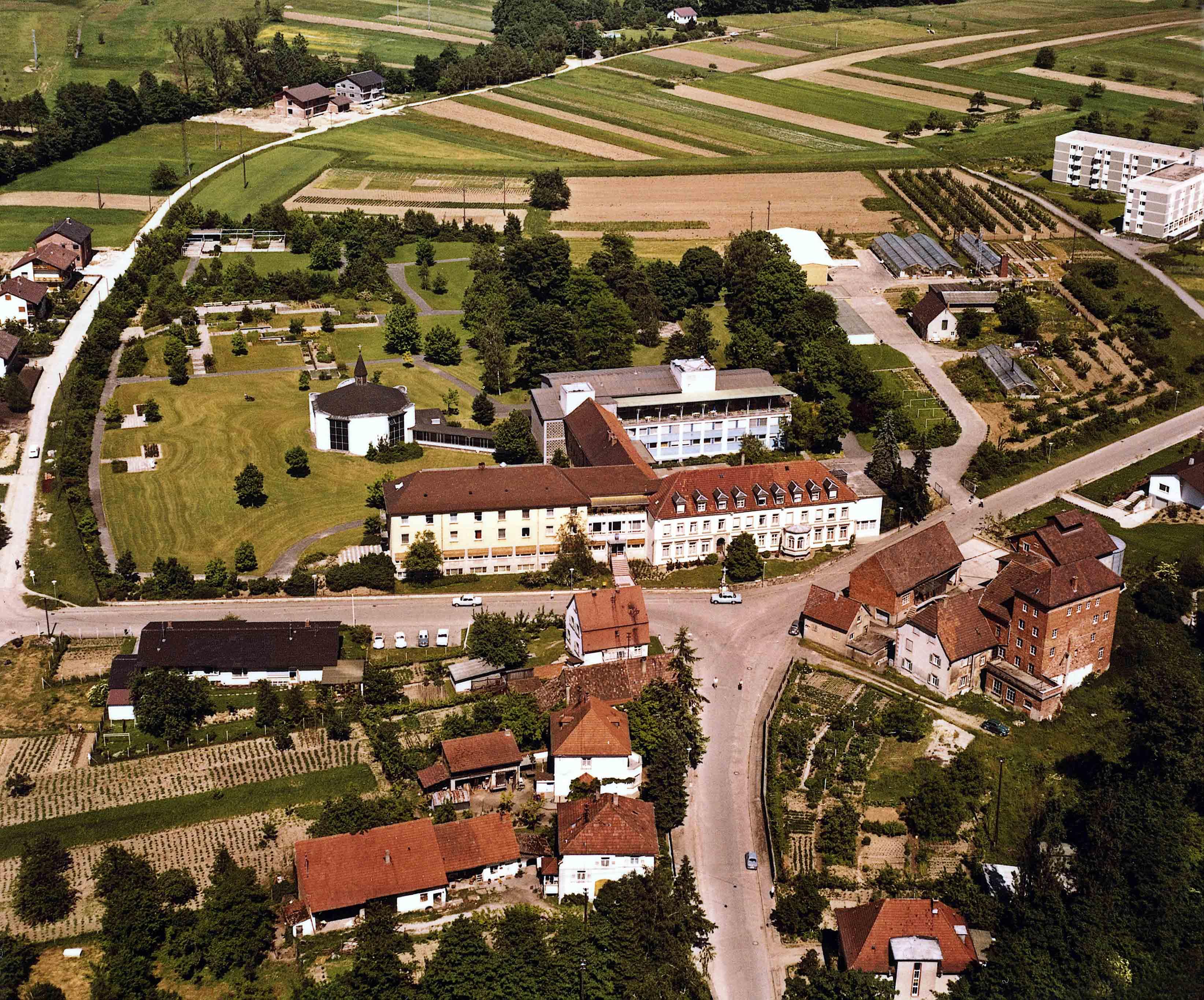 Historische Luftaufnahme des Sanatoriums Sankt Rochus - Mühle Weickgenant