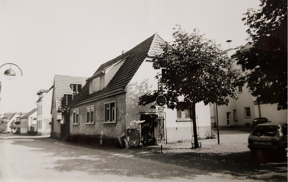 Marktplatz Mingolsheim alte Schmiede