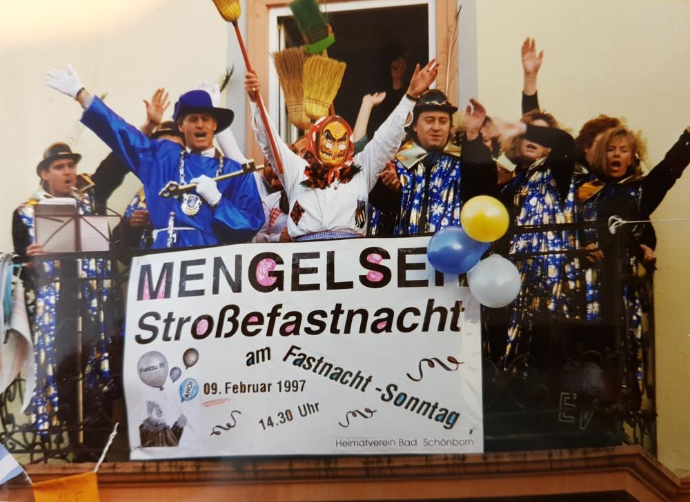 1997 Rathaussturm Heimatverein Bürgermeister Balkon