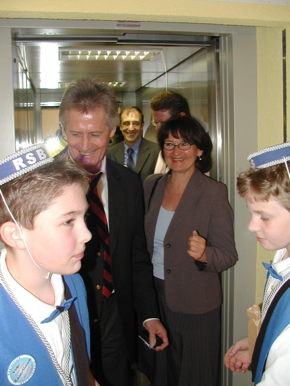Realschule Lift barrierefrei Erste Fahrt Liftboys